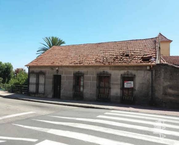 Casa en venta en Areas, Tui, Pontevedra, Avenida Portugal, 116.900 €, 4 habitaciones, 4 baños, 449 m2