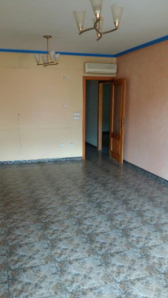 Piso en venta en Pilar de la Horadada, Alicante, Calle Zaragoza, 70.000 €, 3 habitaciones, 1 baño, 82 m2
