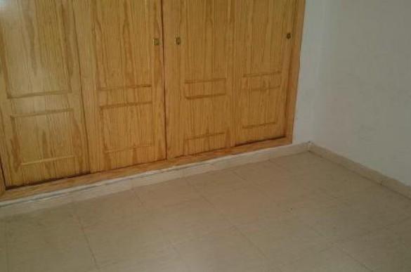Piso en venta en Piso en Pilar de la Horadada, Alicante, 99.800 €, 2 habitaciones, 1 baño, 69 m2