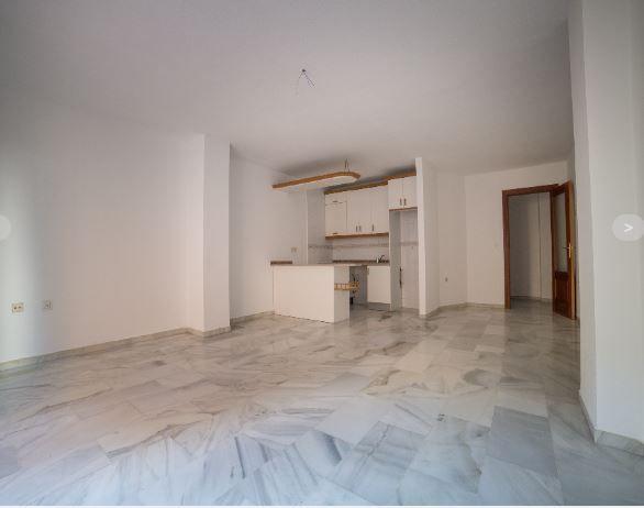 Piso en alquiler en Granada, Granada, Calle Tortola, 500 €, 2 habitaciones, 78 m2