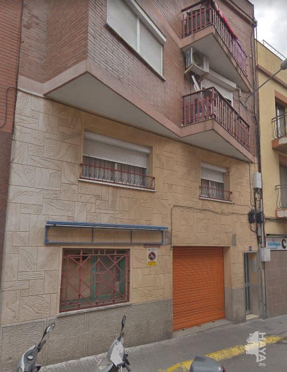 Piso en venta en Santa Coloma de Gramenet, Barcelona, Calle Joan Valenti Escalas, 81.250 €, 2 habitaciones, 1 baño, 63 m2