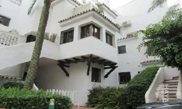 Piso en venta en Urbanización Marbesa, Marbella, Málaga, Urbanización Golden Beach, 320.000 €, 3 habitaciones, 3 baños, 142 m2