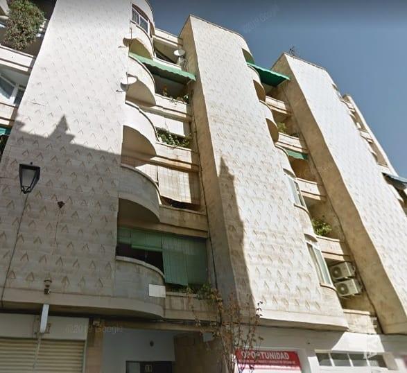 Piso en venta en Almendralejo, Badajoz, Calle Merida, 46.870 €, 3 habitaciones, 1 baño, 109 m2