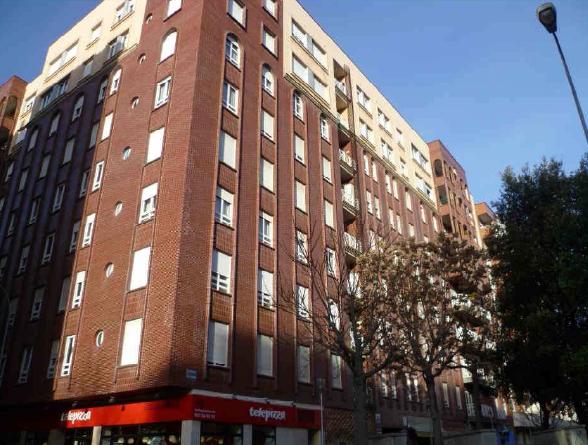 Piso en venta en León, León, Calle Dos Hermanas, 220.000 €, 4 habitaciones, 2 baños, 161 m2