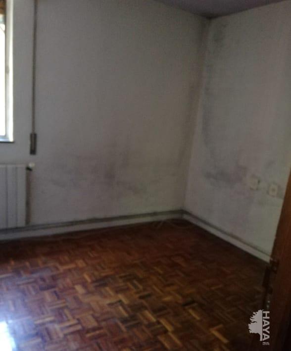 Piso en venta en Usera, Madrid, Madrid, Calle Tomelloso, 138.896 €, 3 habitaciones, 1 baño, 75 m2