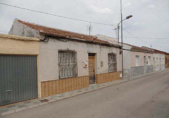 Casa en venta en Orihuela, Alicante, Paraje la Carretera, 65.300 €, 3 habitaciones, 1 baño, 131 m2