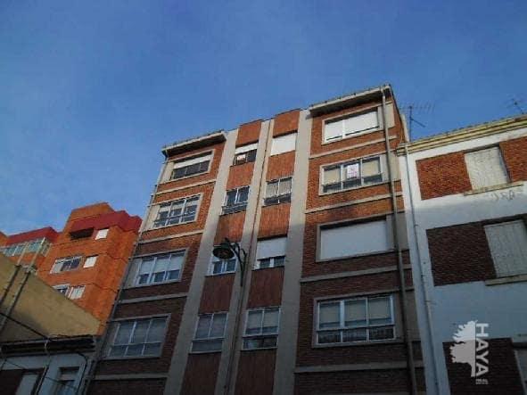 Piso en venta en León, León, Calle Juan Ramon Jimenez, 33.000 €, 2 habitaciones, 1 baño, 86 m2
