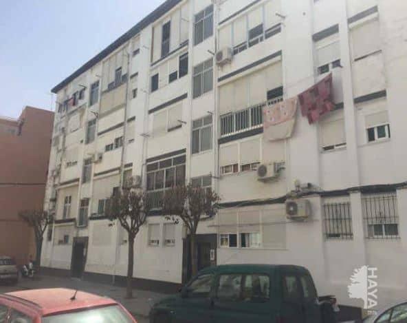 Piso en venta en San Fernando, Cádiz, Calle Velarde, 32.000 €, 2 habitaciones, 1 baño, 56 m2