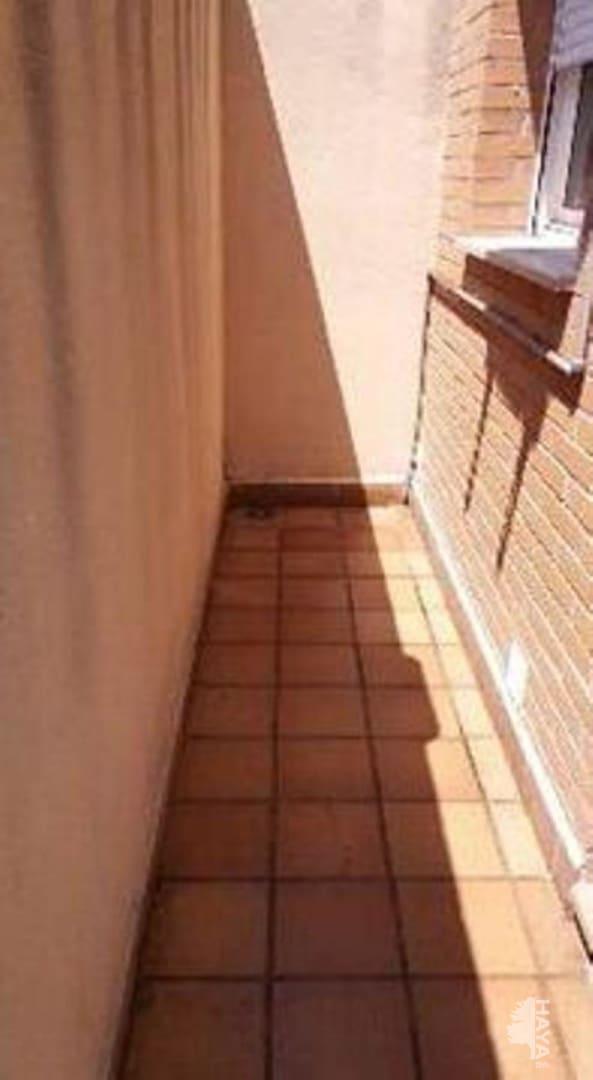 Piso en venta en Sant Fruitós de Bages, Barcelona, Avenida Joan Sanmarti, 127.900 €, 3 habitaciones, 1 baño, 74 m2