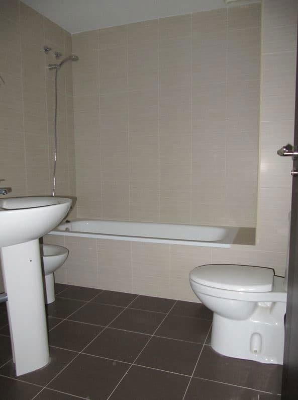 Piso en venta en Villarrobledo, Albacete, Avenida Reyes Catolicos, 88.089 €, 3 habitaciones, 2 baños, 100 m2