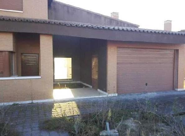 Casa en venta en Aldeamayor de San Martín, Valladolid, Calle Urbanización El Soto, 175.000 €, 4 habitaciones, 3 baños, 174 m2
