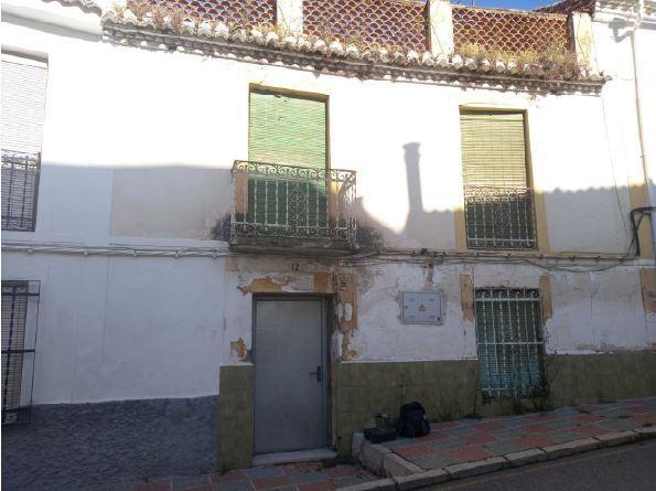 Piso en venta en Cogollos de la Vega, Cogollos de la Vega, Granada, Calle Granada, 35.000 €, 4 habitaciones, 1 baño, 286 m2