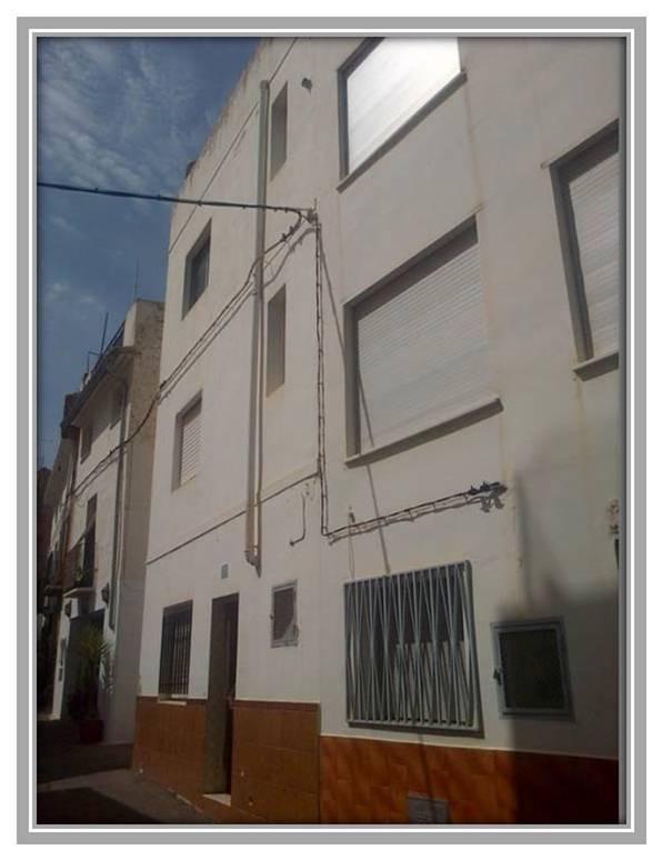 Casa en venta en Urbanización de Altomira, Altura, Castellón, Calle San Roque, 72.100 €, 4 habitaciones, 1 baño, 174 m2