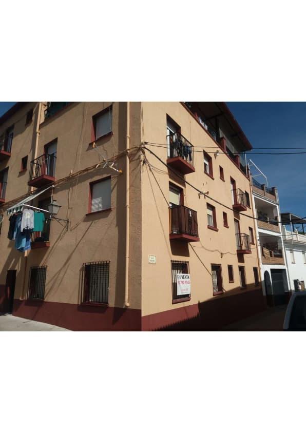 Piso en venta en Alfarnate, Alfarnate, Málaga, Calle Perchel, 53.500 €, 3 habitaciones, 1 baño, 83 m2