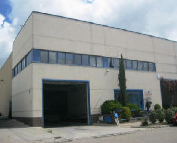 Industrial en venta en Cistérniga, Valladolid, Calle la Acacia, 775.000 €, 2606 m2