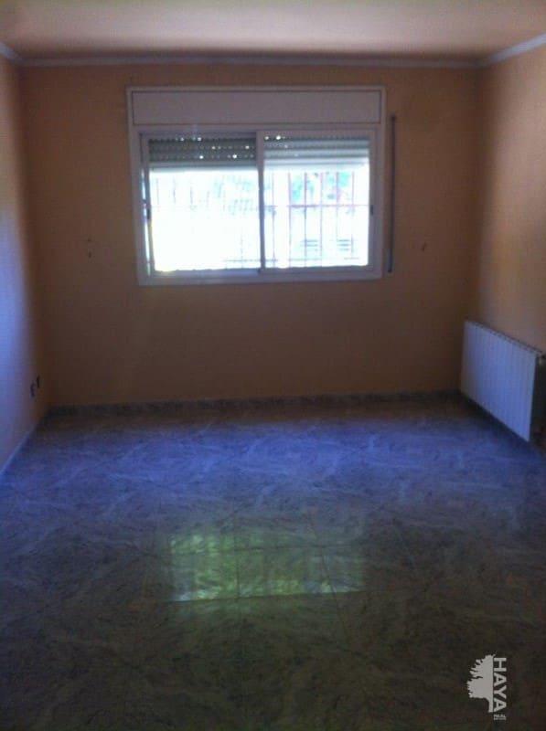 Piso en venta en Santa Margarida I Els Monjos, Barcelona, Calle Montseny, 71.964 €, 3 habitaciones, 1 baño, 69 m2