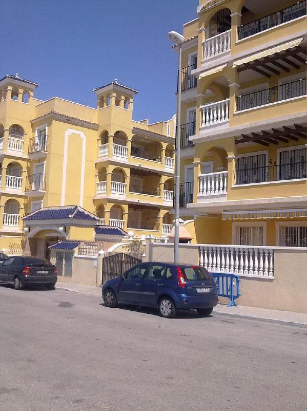 Piso en venta en Algorfa, Alicante, Calle Azorin, 70.000 €, 1 baño, 83 m2
