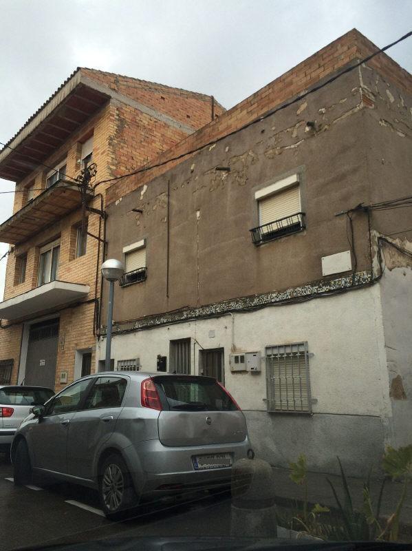 Piso en venta en La Plana, Reus, Tarragona, Calle 60581060, 40.000 €, 3 habitaciones, 1 baño, 76 m2