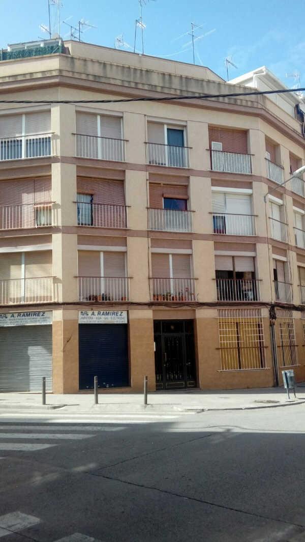Piso en venta en Sant Salvador, Tarragona, Tarragona, Calle Arquitecte Jujol, 31.193 €, 3 habitaciones, 1 baño, 66 m2