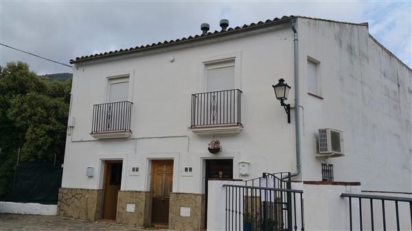 Piso en venta en Grazalema, Cádiz, Calle la Parra, 72.000 €, 3 habitaciones, 2 baños, 111,8 m2