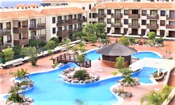 Piso en venta en Arona, Santa Cruz de Tenerife, Calle Odisea, 124.500 €, 1 habitación, 1 baño, 53 m2