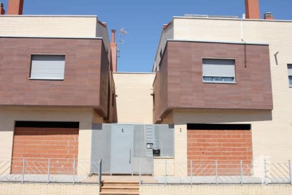 Piso en venta en Miguelturra, Ciudad Real, Calle Chavela Vargas, 73.500 €, 2 habitaciones, 1 baño, 127 m2