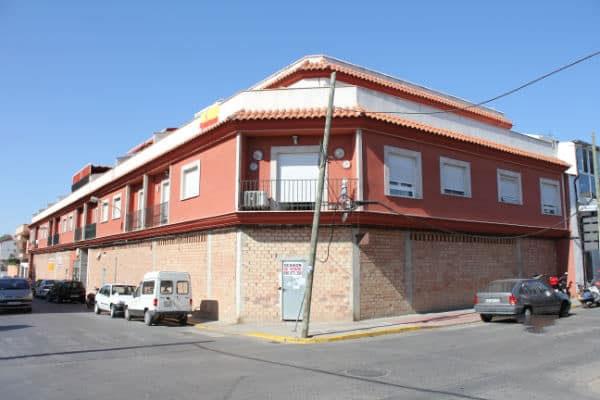 Piso en venta en Valdepeñas, Ciudad Real, Calle Nicasio, 57.605 €, 2 habitaciones, 1 baño, 68 m2
