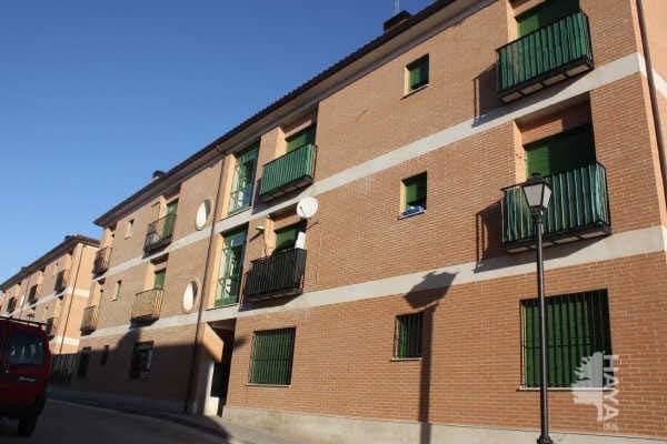Piso en venta en Calera Y Chozas, Toledo, Calle Rio Tajo, 66.700 €, 1 habitación, 1 baño, 77 m2