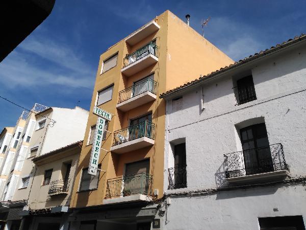 Piso en venta en Benissa, Alicante, Avenida País Valencià, 58.318 €, 4 habitaciones, 2 baños, 150 m2