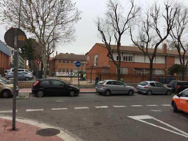 Local en alquiler en La Laguna, Parla, Madrid, Calle la Presa, 650 €, 125 m2