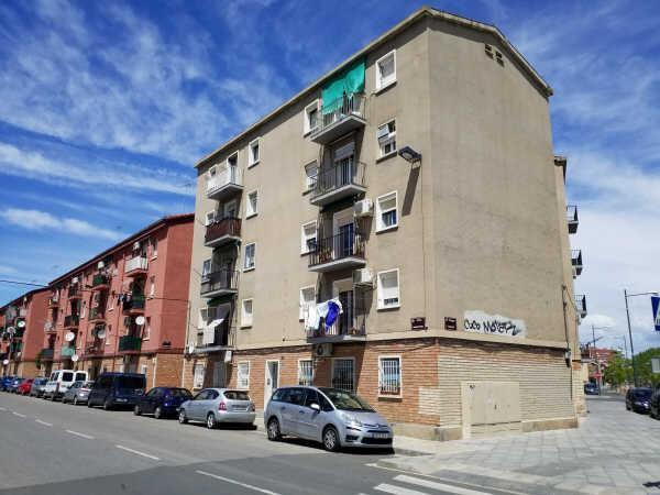 Piso en venta en Pardinyes, Lleida, Lleida, Calle Anastasio Pinos, 70.000 €, 3 habitaciones, 1 baño, 63 m2