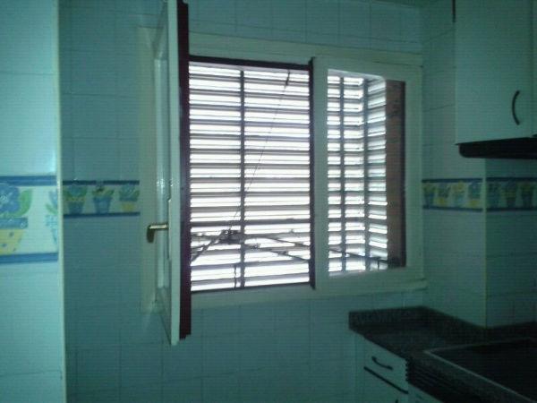 Piso en venta en Riañu, Langreo, Asturias, Calle Manzana de Concienes, 63.000 €, 4 habitaciones, 2 baños, 94 m2