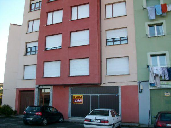 Piso en venta en Ribadedeva, Asturias, Calle El Peral, 59.000 €, 3 habitaciones, 1 baño, 95 m2