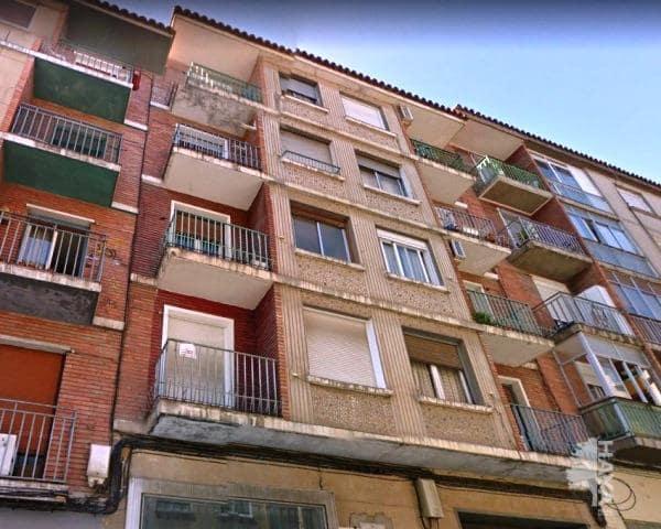 Piso en venta en Torrero, Zaragoza, Zaragoza, Calle Lobez Pueyo, 48.000 €, 3 habitaciones, 1 baño, 83 m2