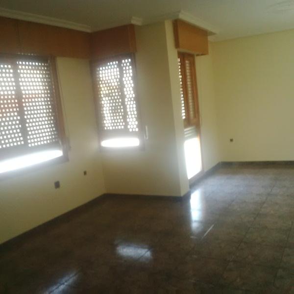 Piso en venta en Orihuela, Alicante, Calle Rosario, 55.000 €, 4 habitaciones, 2 baños, 127 m2