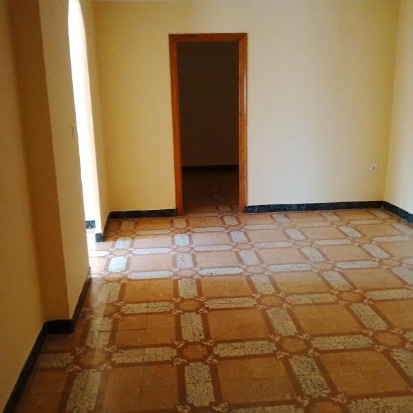 Piso en venta en Caudete, Albacete, Calle San Luis, 39.500 €, 4 habitaciones, 1 baño, 124 m2