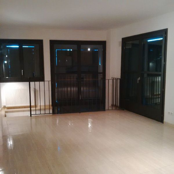 Piso en venta en El Carrer D´en Dents, Llagostera, Girona, Calle Major, 127.000 €, 2 habitaciones, 1 baño, 137 m2