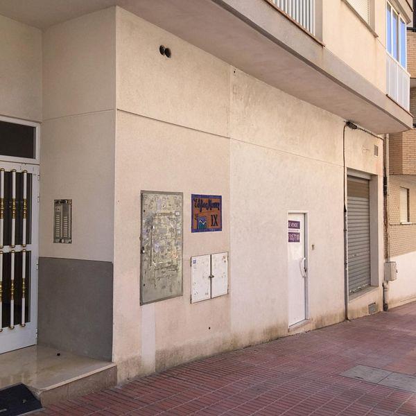 Local en venta en Benidorm, Alicante, Calle Virgen de la Macarena, 221.000 €, 383,81 m2
