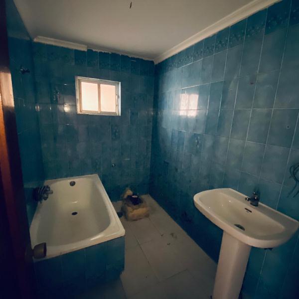 Piso en venta en Piso en Jerez de la Frontera, Cádiz, 27.000 €, 3 habitaciones, 1 baño, 75 m2