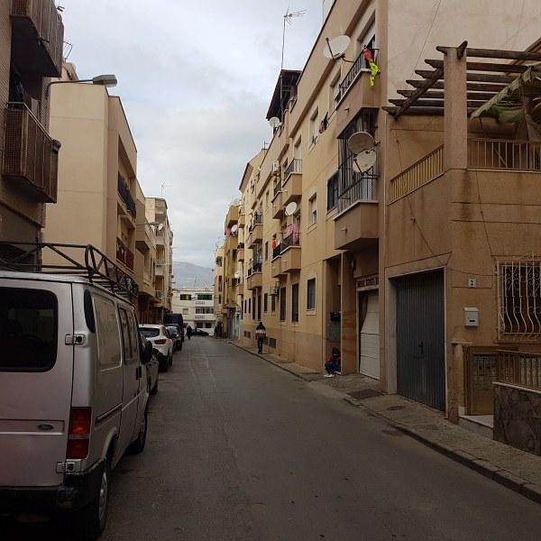 Piso en venta en Roquetas de Mar, Almería, Calle General Castaños, 30.200 €, 3 habitaciones, 2 baños, 96 m2