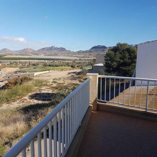 Piso en venta en Cuevas del Almanzora, Almería, Calle Federico Garcia Lorca, 105.000 €, 3 habitaciones, 2 baños, 135 m2