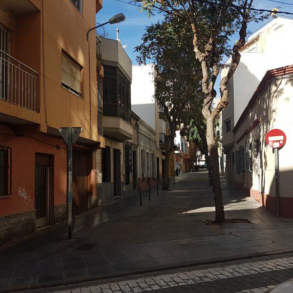 Piso en venta en Almedina, Almería, Almería, Calle Memorias, 61.000 €, 3 habitaciones, 1 baño, 94 m2