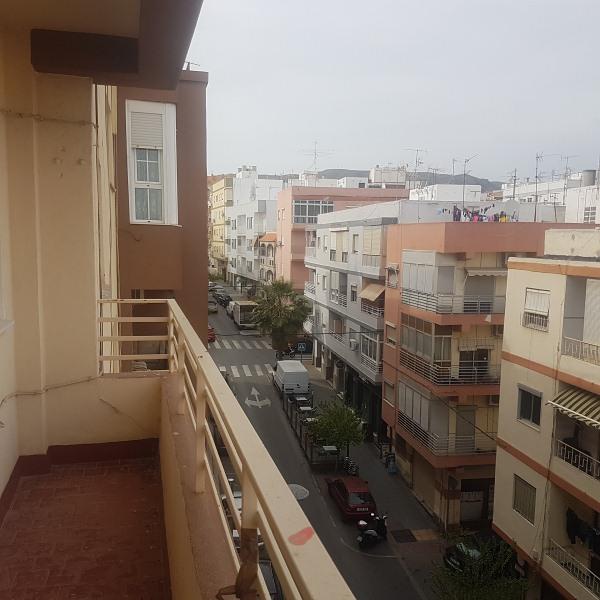 Piso en venta en Los Ángeles, Almería, Almería, Calle Marchales, 81.000 €, 2 habitaciones, 1 baño, 103 m2