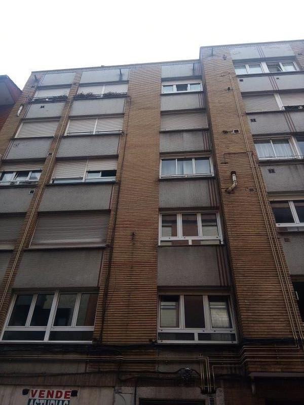 Piso en venta en Gijón, Asturias, Calle Peru, 66.000 €, 3 habitaciones, 1 baño, 84 m2