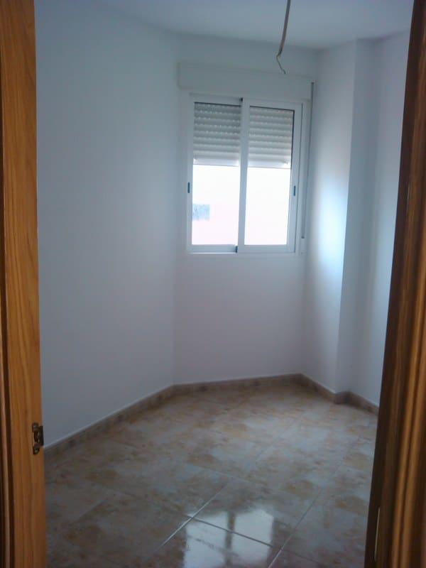 Piso en venta en El Port, Sagunto/sagunt, Valencia, Calle Felipe Ii, 67.700 €, 2 habitaciones, 1 baño, 88 m2