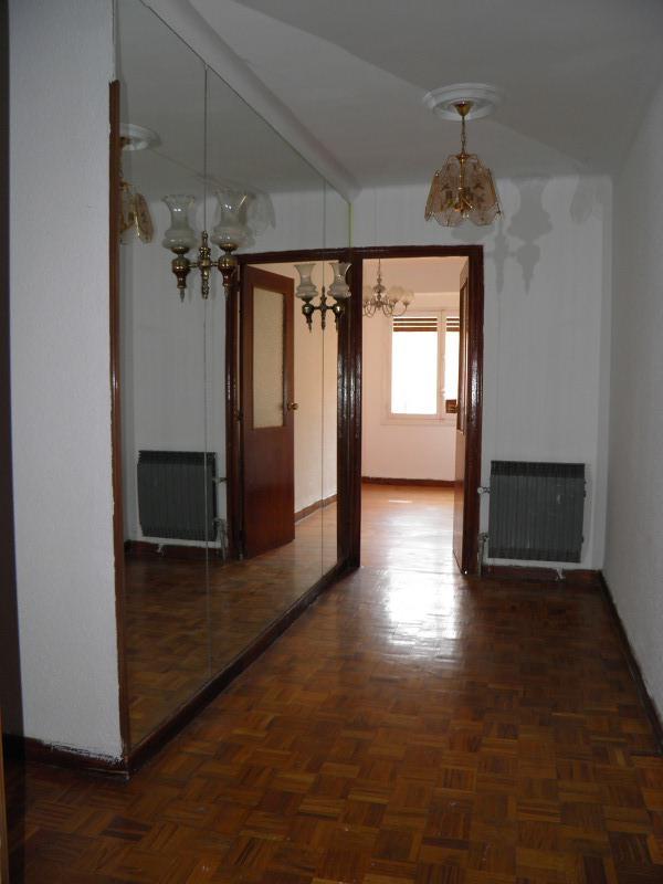 Piso en venta en Briviesca, Burgos, Calle Fray Justo Perez de Urbel, 35.000 €, 3 habitaciones, 1 baño, 94 m2