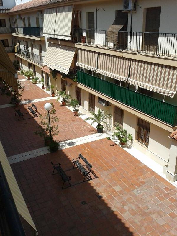 Piso en venta en Barrio de la Isla, Puente Genil, Córdoba, Calle Parejo Y Cañero, 73.000 €, 3 habitaciones, 1 baño, 89 m2
