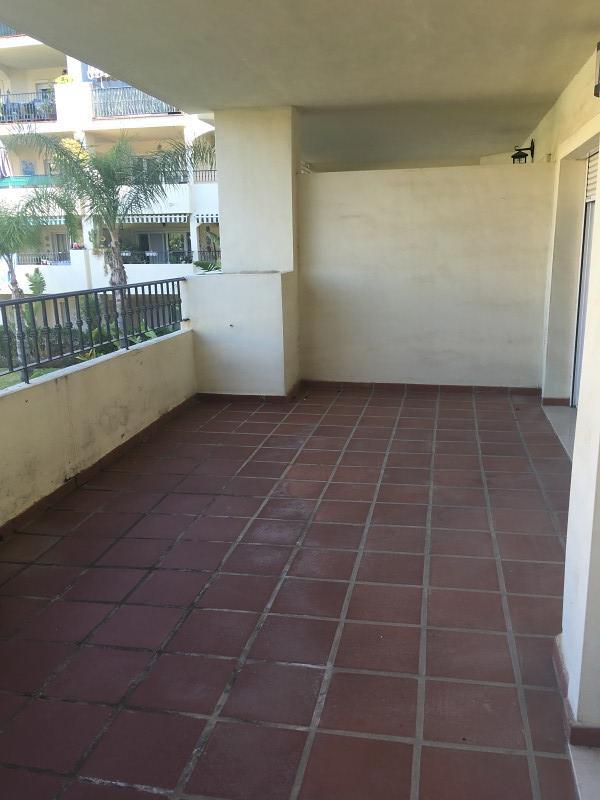 Piso en venta en Mijas, Málaga, Calle Manzanilla de la Torre, 162.000 €, 2 habitaciones, 2 baños, 95 m2