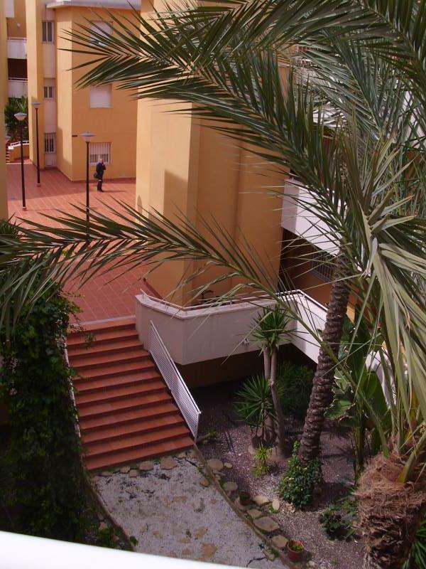 Piso en venta en Vera, Almería, Calle Celia Viñas, 59.000 €, 1 habitación, 1 baño, 51 m2