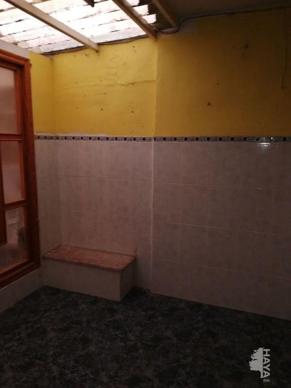 Piso en venta en Piso en Novelda, Alicante, 84.400 €, 3 habitaciones, 1 baño, 129 m2